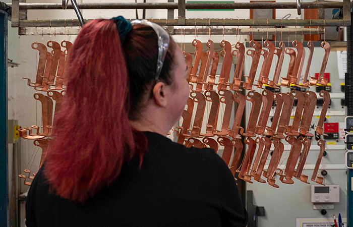 how does copper plating work
