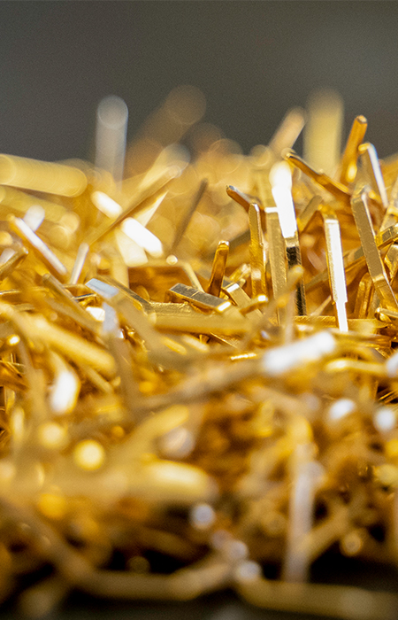 how does gold plating work